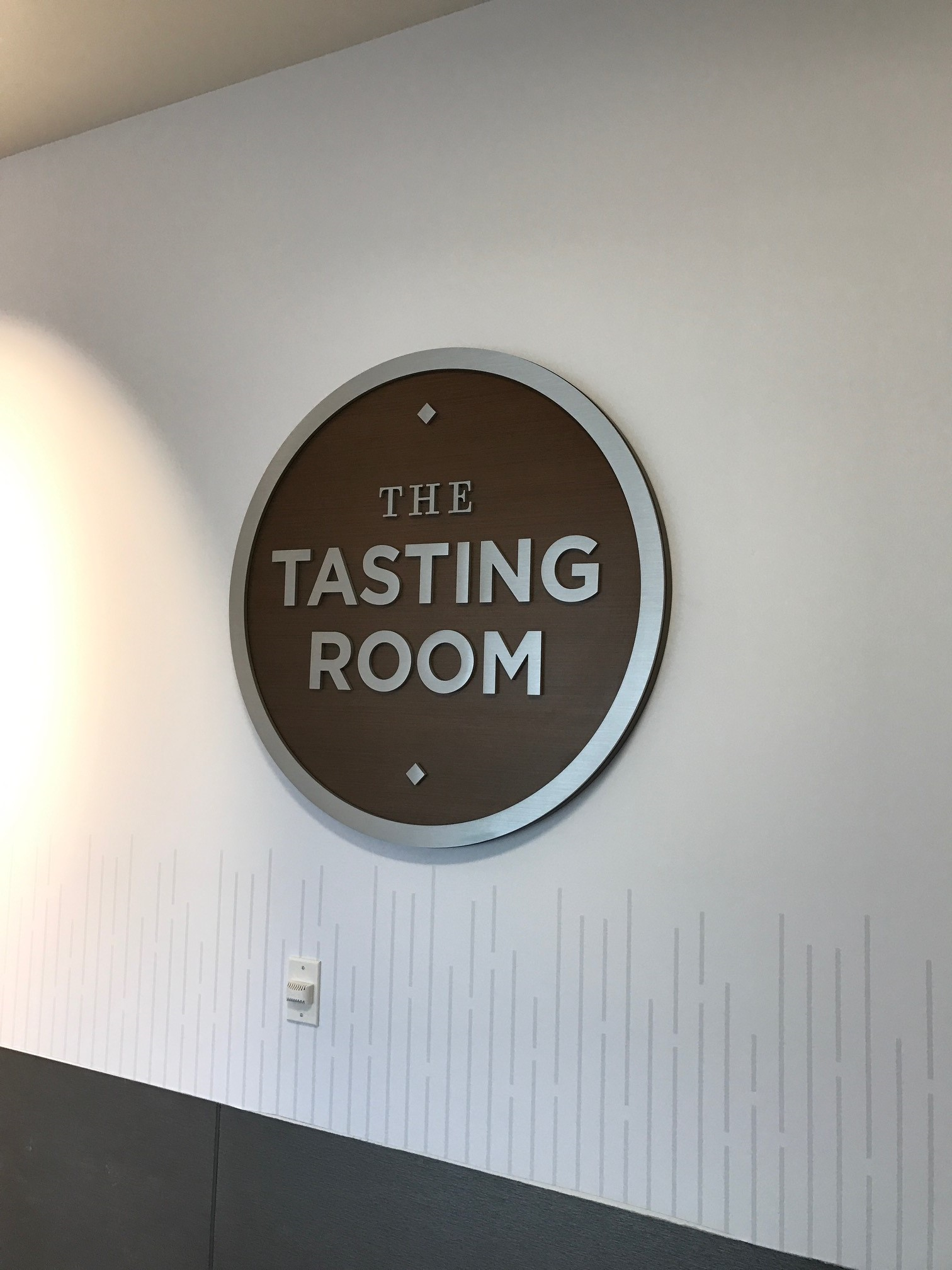 The-Tasting-Room-Logo