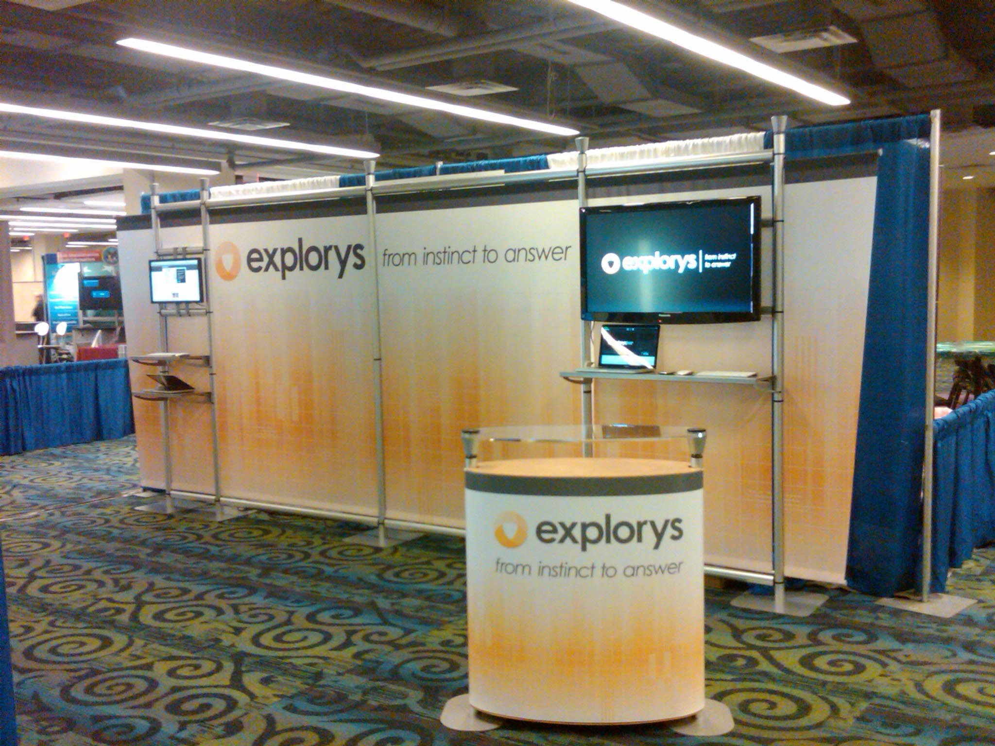 Explorys tradeshow booth, tradeshow booth