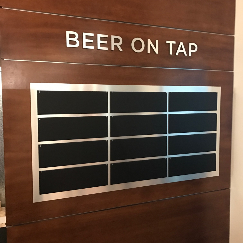 Beer-on-Tap-Sign-2